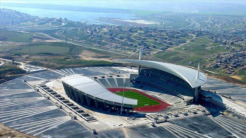 'Atatürk Olimpiyat Stadı'nın üstünü kapatarak milli takım stadı yapmayı düşünüyoruz'
