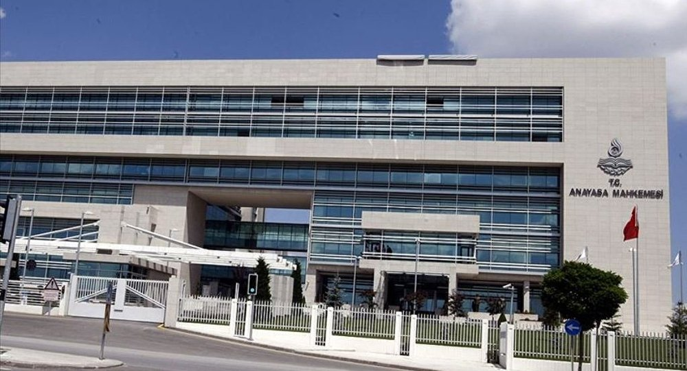 AYM memura güvenlik soruşturması şartını iptal etti
