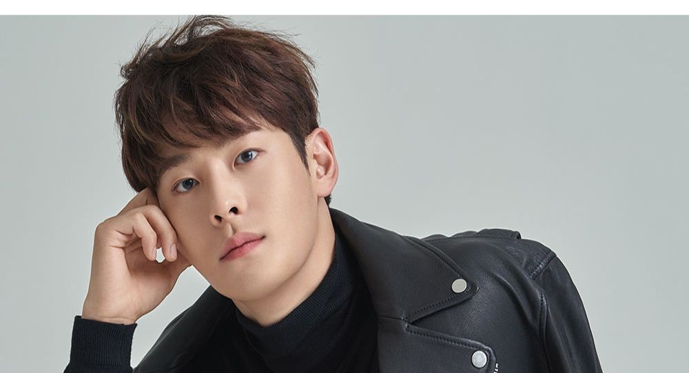 2 ay içinde 3. vaka: Güney Koreli ünlü şarkıcı evinde ölü bulundu