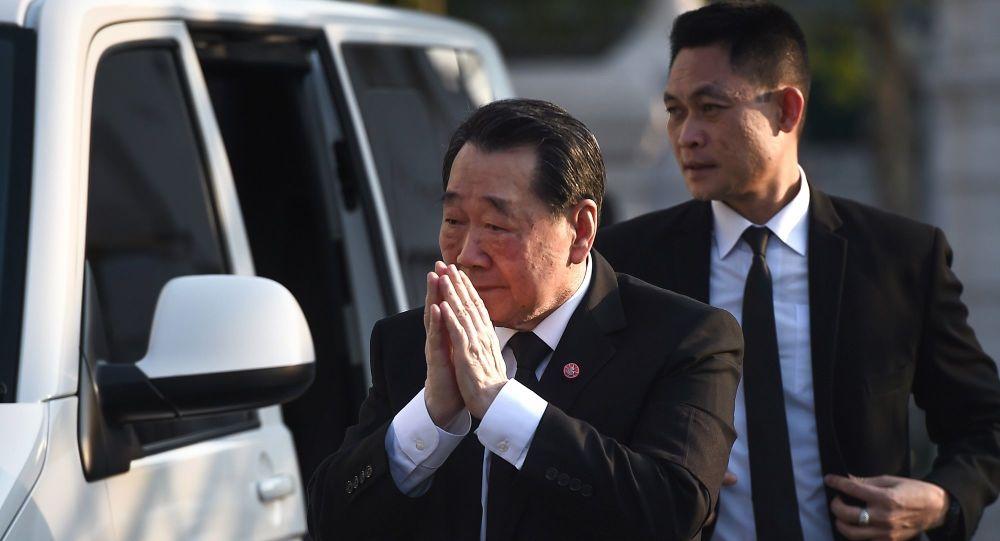 Tayland'ın en zengin adamı: Okul süresi kısaltılmalı