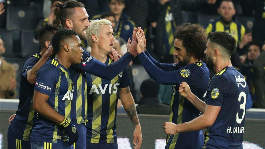 Fenerbahçe'den evinde farklı galibiyet