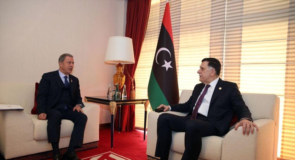 Bakan Akar'dan Libya mutabakatı görüşmesi