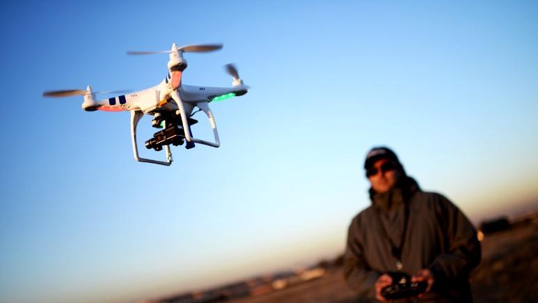 Çin'de kaçakçılar drone ile kaçakçılık yaparken yakalandılar
