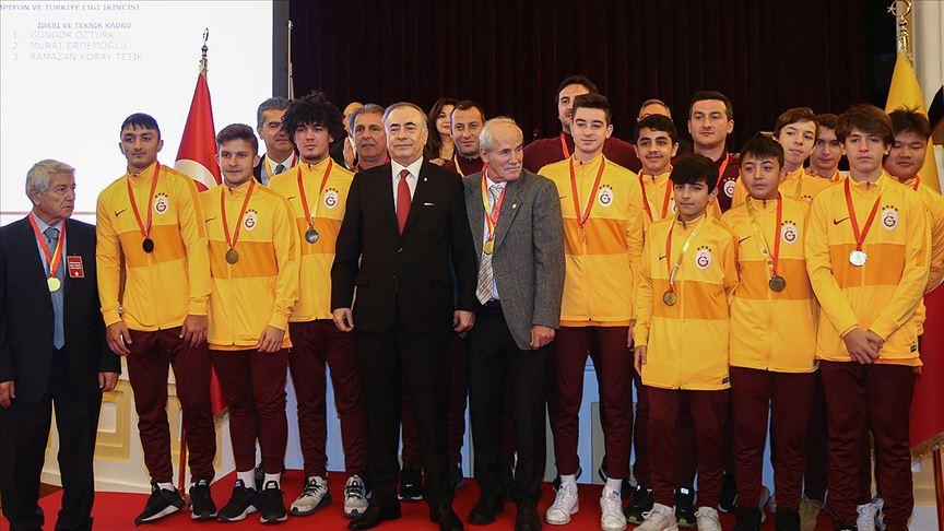 Galatasaray Kulübünde olağanüstü divan kurulu toplantısı yapıldı