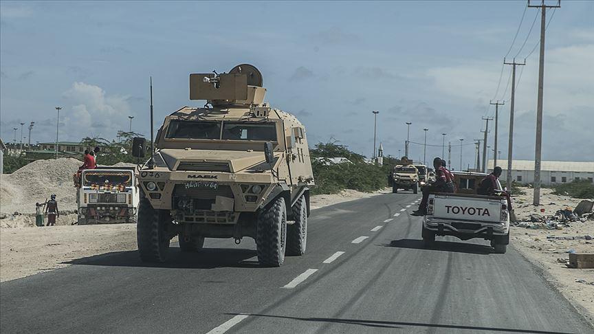 Somali'de bombalı araçla saldırı: 3'ü Türk vatandaşı 11 kişi yaralandı