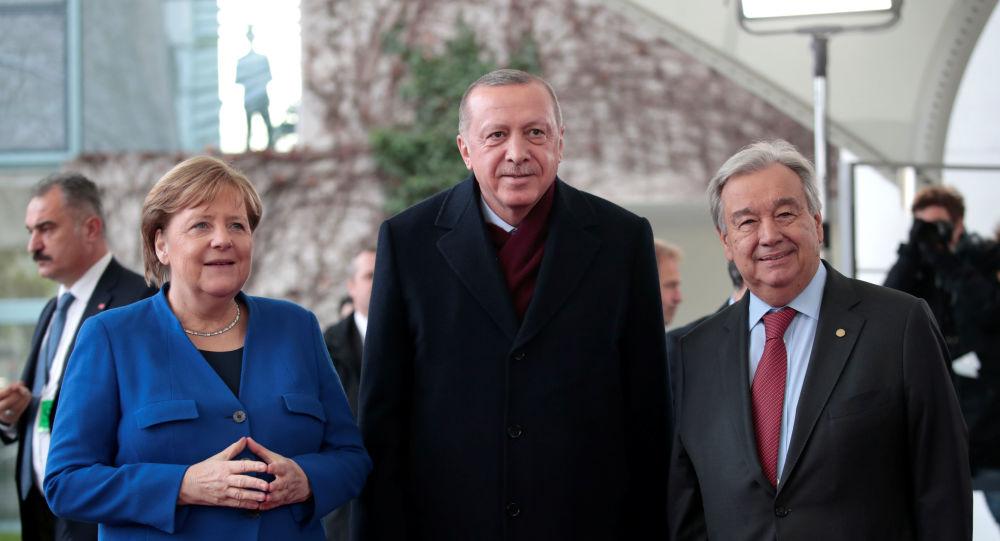 Erdoğan ve Merkel'in buluşması kameralara böyle yansıdı