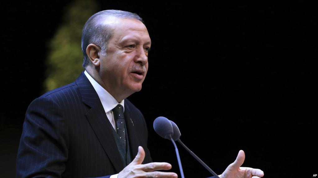 """Erdoğan tek parti dönemini hatırlatarak """"Camiler ahır yapılmıştı"""" dedi"""
