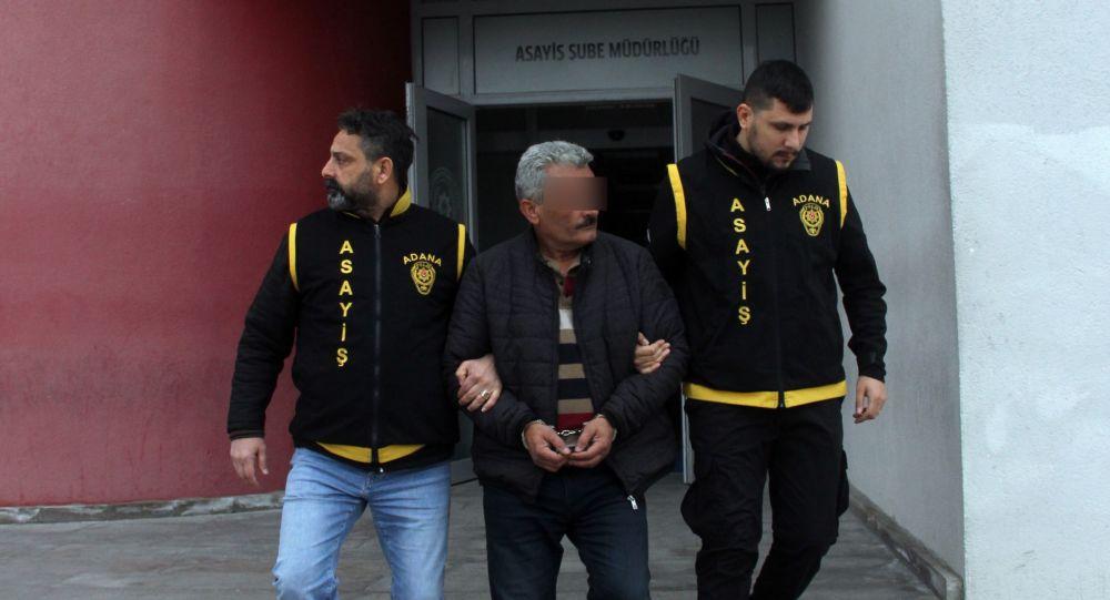 55 yıl hapis cezasıyla aranan hükümlü batak oynarken yakalandı