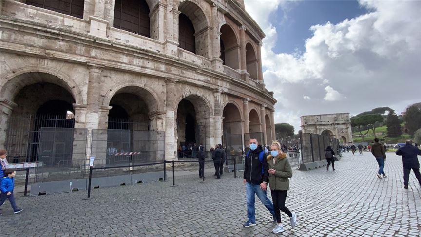 İtalya'da koronavirüse yakalanan ilk kişi taburcu oldu: Tedavisi bir ay sürdü