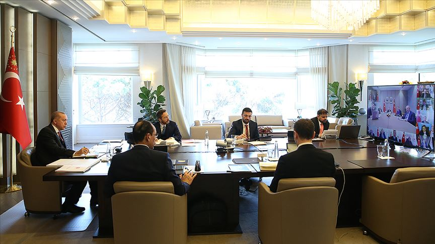 Cumhurbaşkanlığı Kabinesi ilk kez video konferans yöntemiyle toplandı