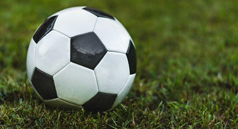 Belçika Futbol Federasyonu ligi iptal ederek mevcut lider Club Brugge'u şampiyon ilan etti