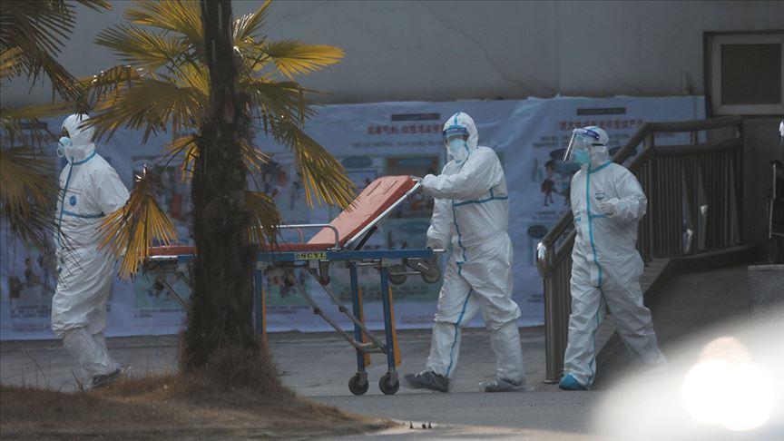 İzmir'de sokakta koronavirüs testi yapan sağlık çalışanları hakkında soruşturma başlatıldı