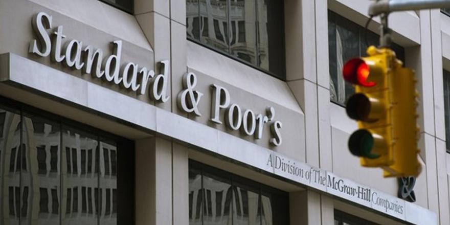 SP Türkiye'nin yabancı para cinsinden kredi notunu düşürdü