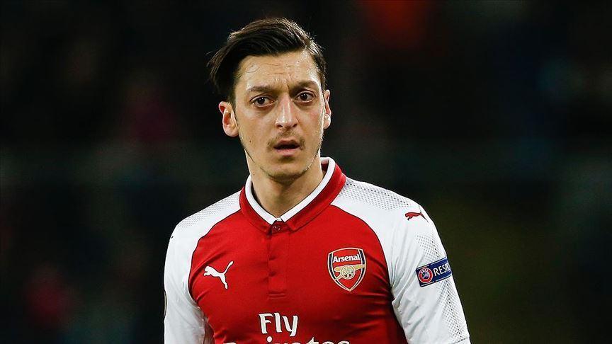 Mesut Özil Türk Kızılaya 713 bin lira bağışta bulundu