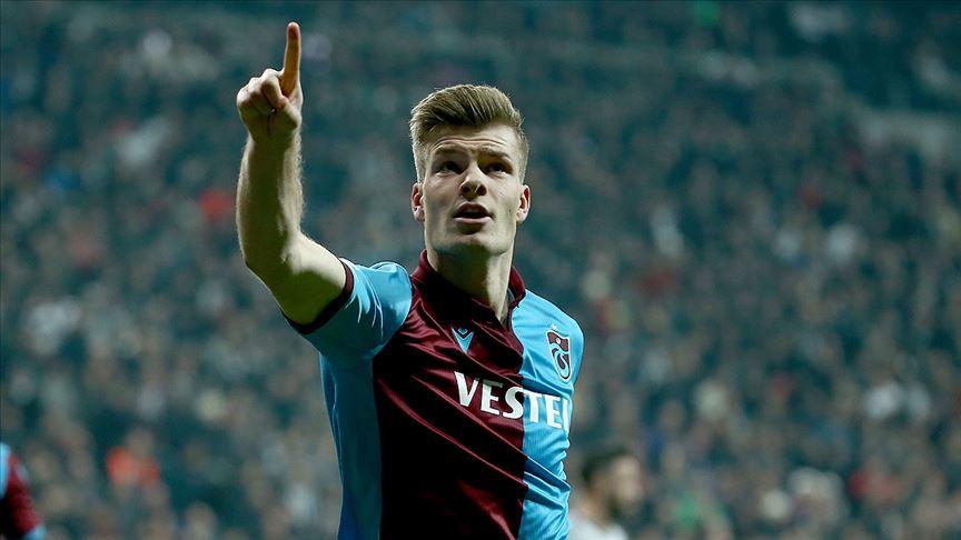 Trabzonspor'un Norveçli golcüsü Sörloth karantinadan çıktı