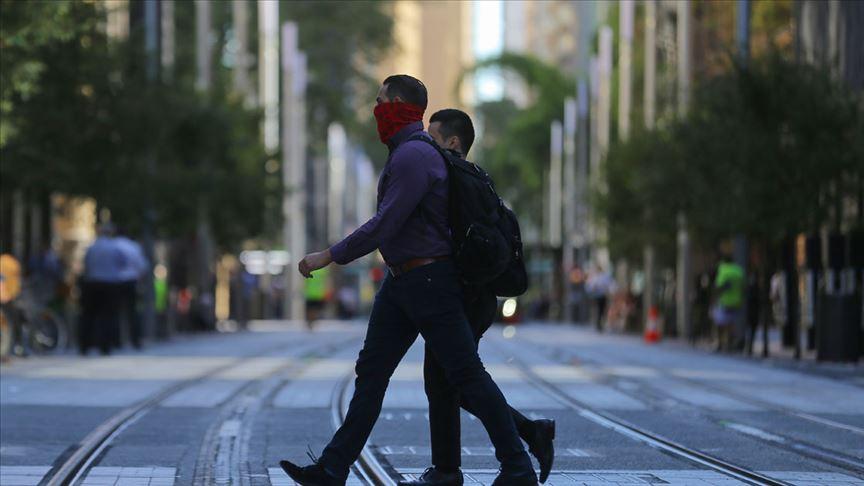 Temmuz ayında normal hayata geçmeyi hedefleyen Avustralya'dan 3 aşamalı plan