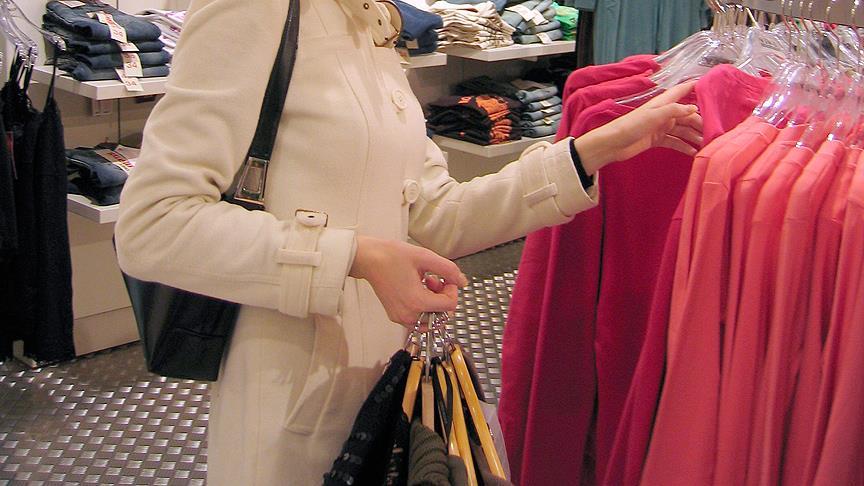 Nisanda en fazla kadın elbisesinin fiyatı arttı