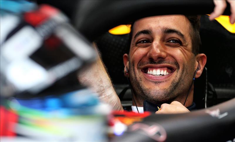 Formula 1 pilotu Ricciardo, 2021'de McLaren takımına katılacak