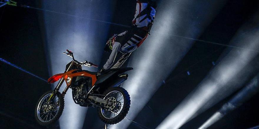 'Uçan motosikletler' sezonu açtı