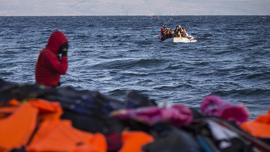 Fransa, Yunanistan'dan 350 evsiz göçmeni kabul edecek
