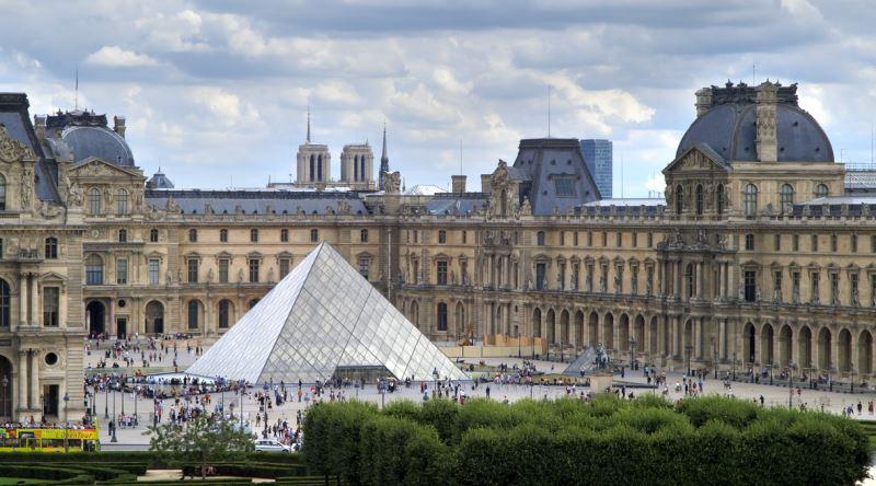 Louvre Müzesi'ne sanal ortamda 10 milyonu aşkın ziyaret