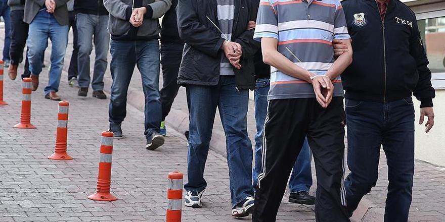 FETÖ'nün 'askeri mahrem yapılanması'nda' 14 tutuklama