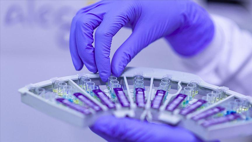 İstanbul Tıp Fakültesi Dekanı Tükek'ten 'toplumsal bağışıklık' uyarısı