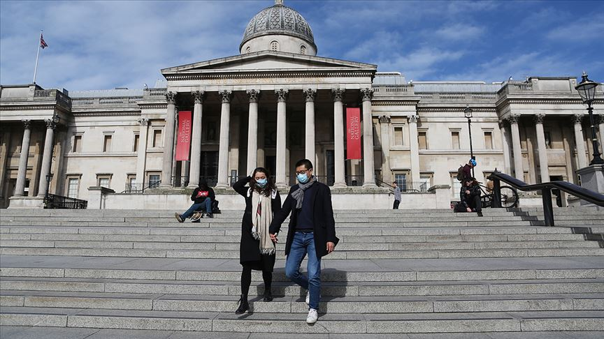 DSÖ yine fikir değiştirdi: Kamusal alanda maske takılmalı