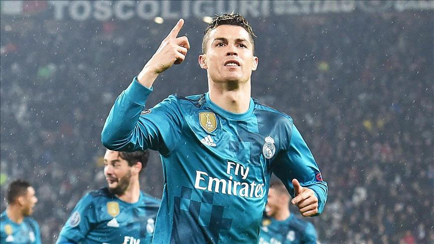 Ronaldo dev maçta tarihe geçti