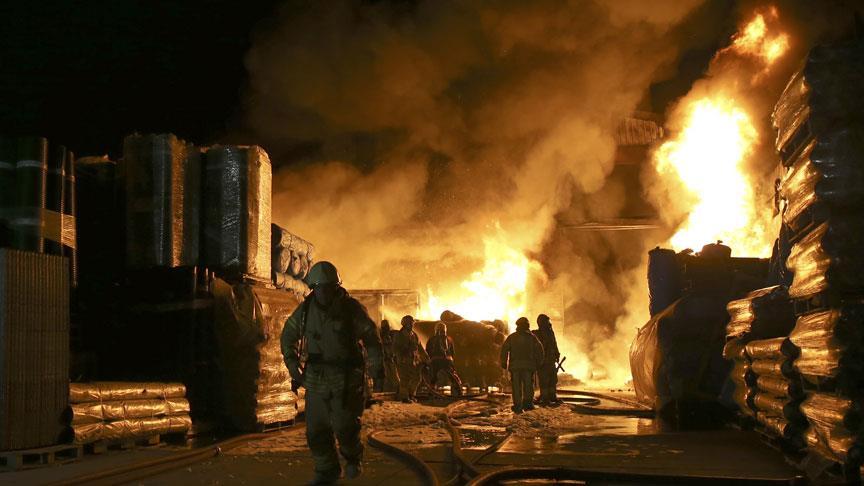 Eyüpsultan'da fabrikada korkutan yangın