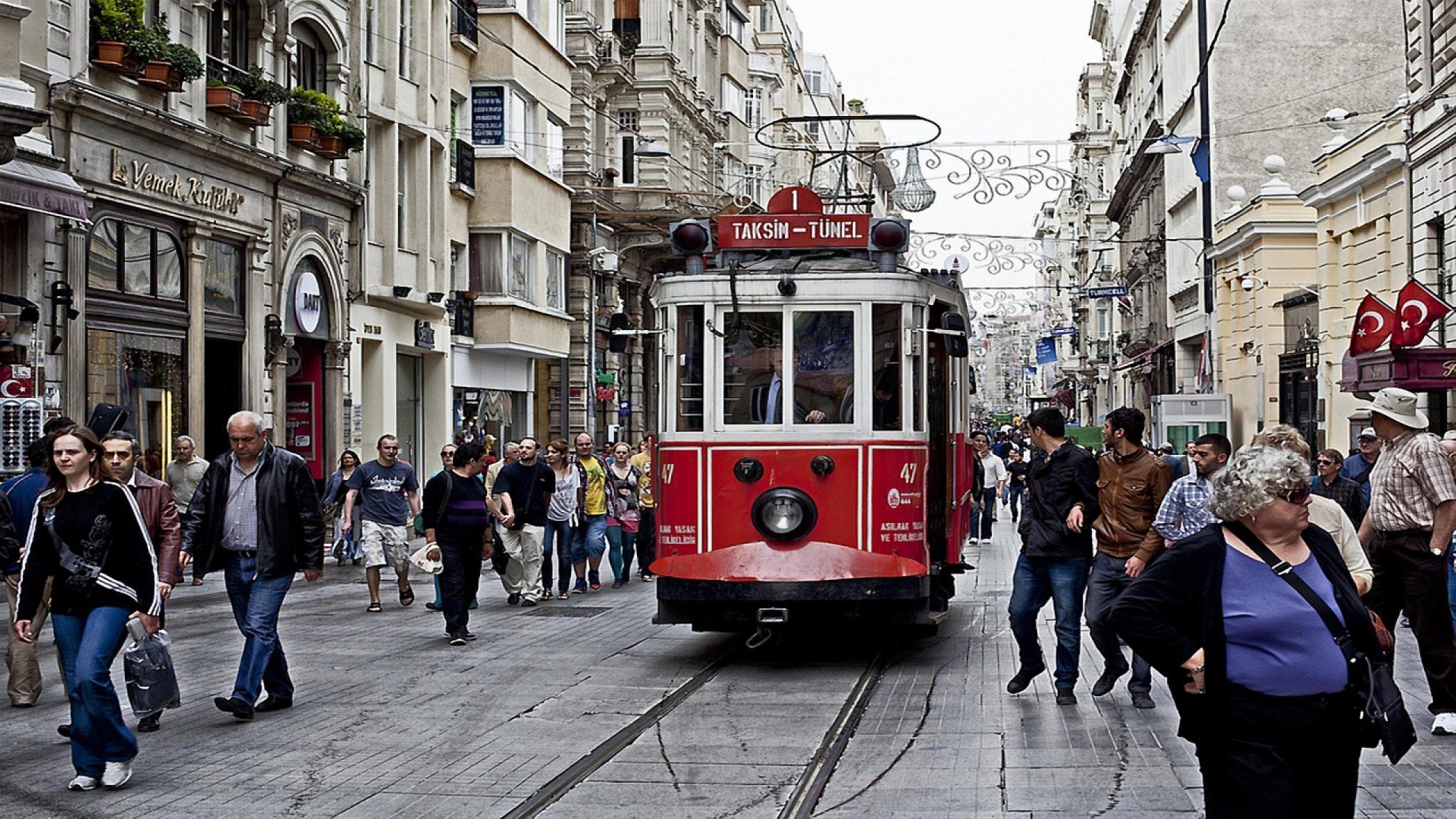Mutluluk ekonomisi: İstanbul'da 8 bin TL gelir mutluluk, üstü stres kaynağı