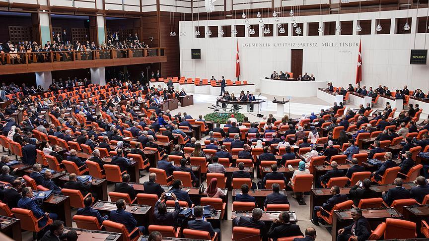 AKP grubu RTÜK'e sordu: Çıkardığımız yasa ne anlama geliyor?