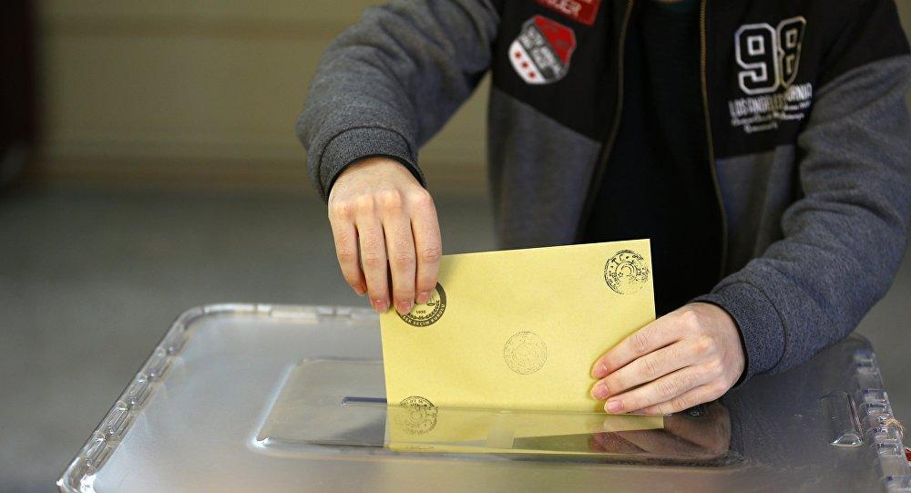 Türkiye seçmeni oy verecek parti arıyor