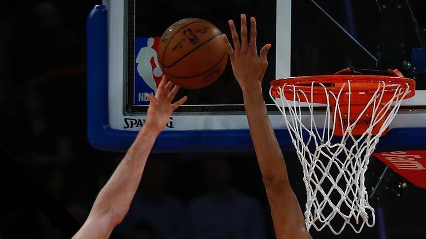 Milli basketbolcuların maçında 76ers, Cavaliers'ı devirdi