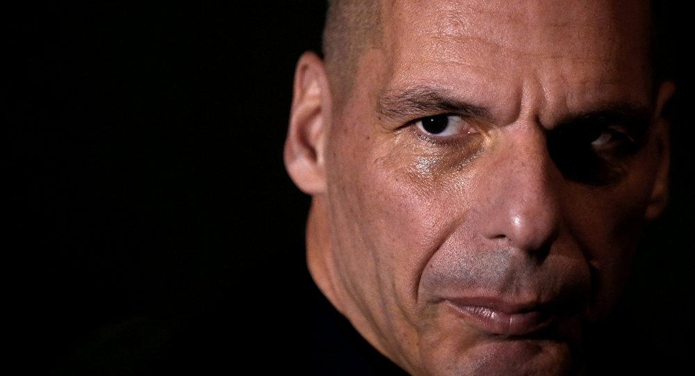 Çipras'a, Maliye Bakanı Varufakis rakip olacak