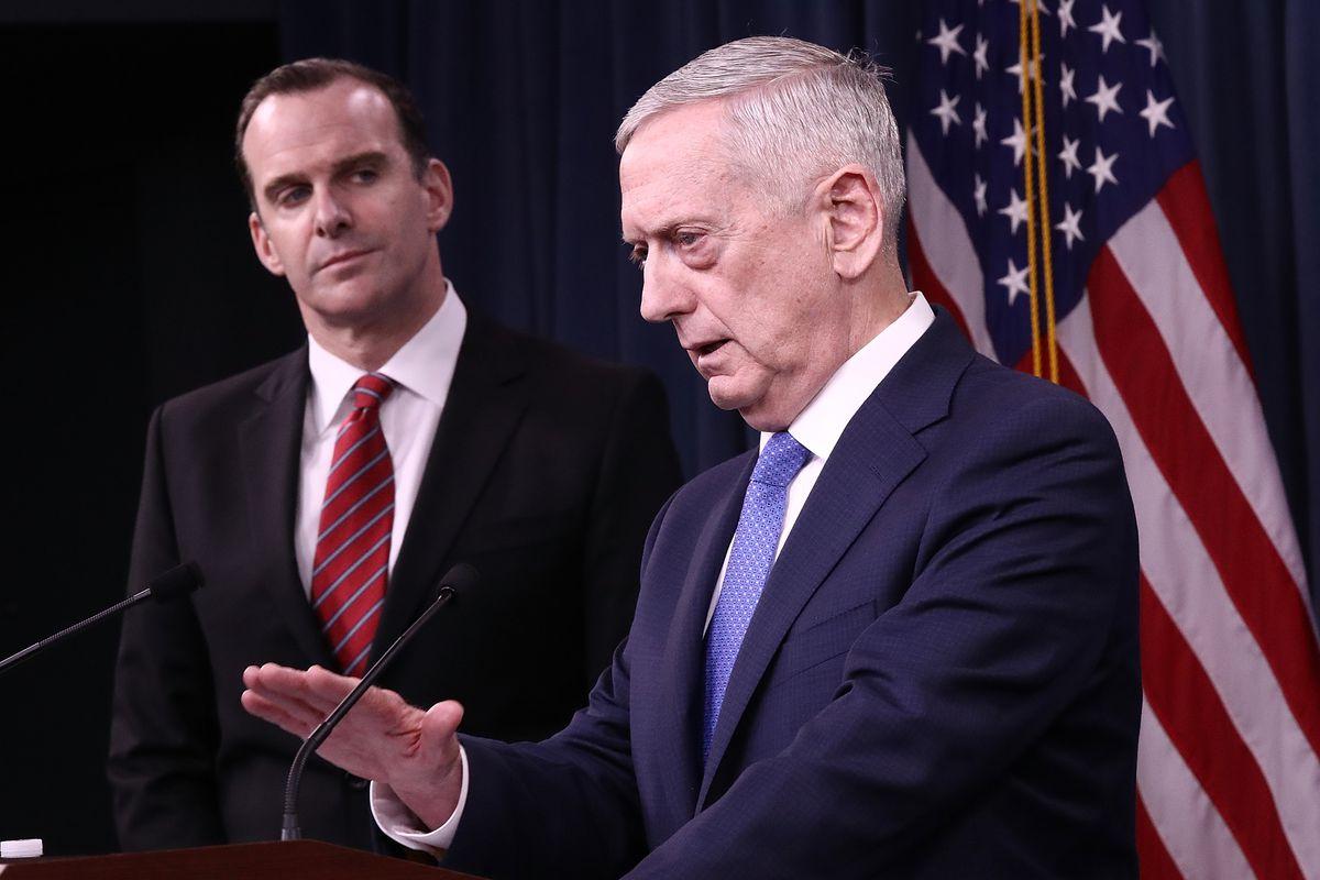 ABD Savunma Bakanı: Suriye'ye karşı askeri eylemi dışlamıyorum