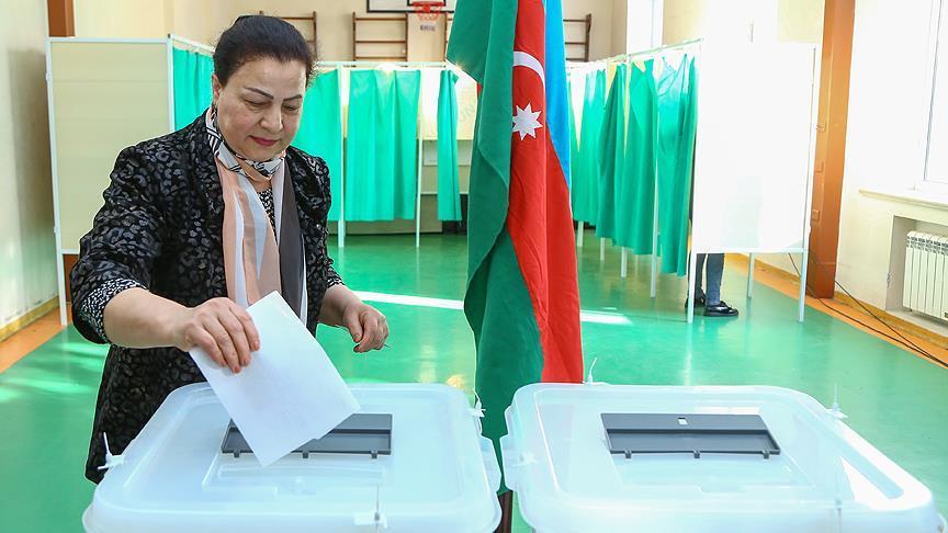 Azerbaycan'da seçim heyecanı