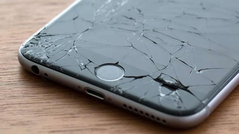 iOS 11.3 güncellemesi iPhone 8'i bozuyor